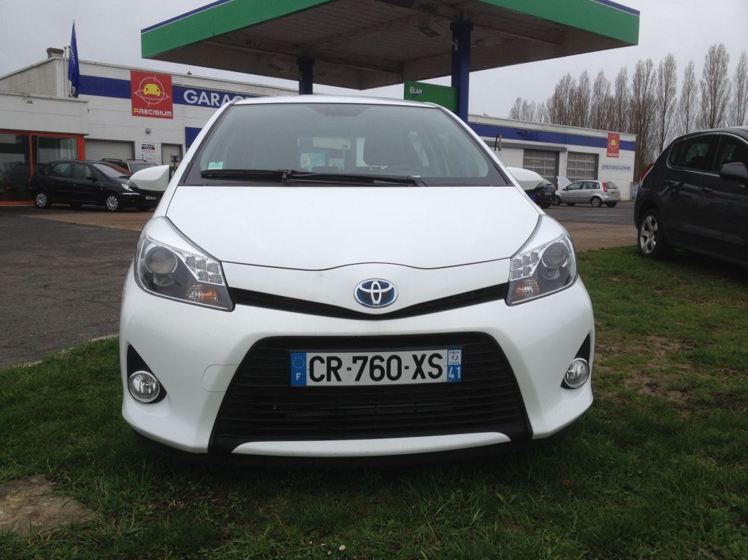 toyota yaris 3 hybrid 1 5 hsd 75 cv garage du temple. Black Bedroom Furniture Sets. Home Design Ideas